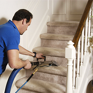How to Accomplish Proper Stair Carpet Cleaning?