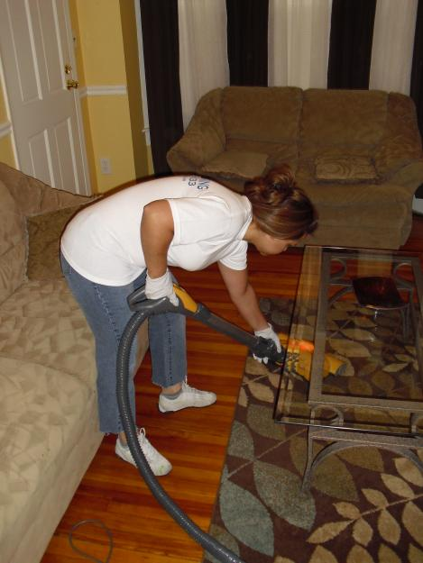 Experience The Pleasure Of Entering A Clean Home By Hiring House Cleaning Service