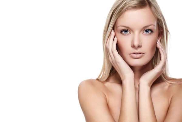 5 Tips To Keep Your Skin Looking Stunning In Winter
