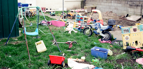 Got Unused Items Building Up In Your Backyard? Ways You Can Sell It