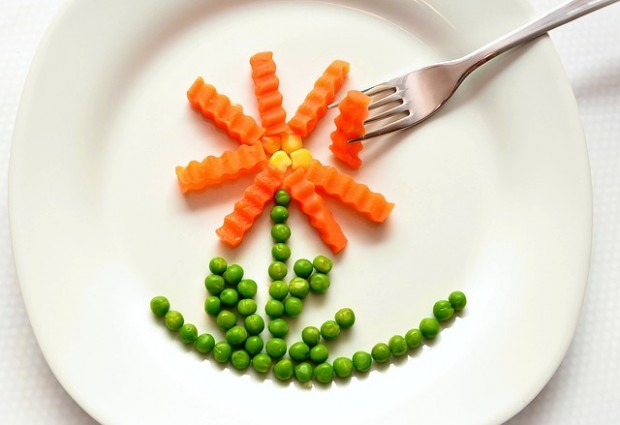 Easy Ways To Get Your Kids Eating Better