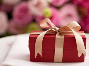 6 Fun Wedding Gifts To Give To The Lucky Couple