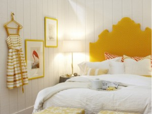 46-yellow-headboard-bedroom
