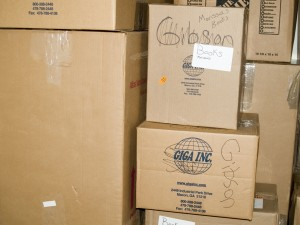 boxes_moving_1299420_h