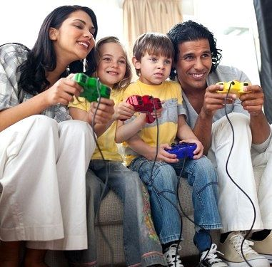 Video-games-family(1)