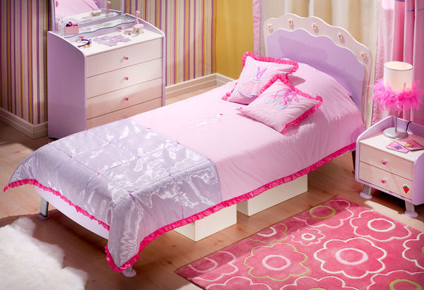 Pink Bedding For A Big Or Little  Girl's Bedroom