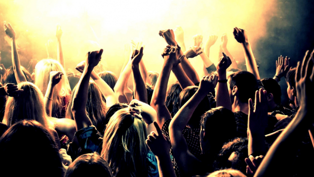Party Hard! 6 Ways To Party And Still Be Responsible & Safe