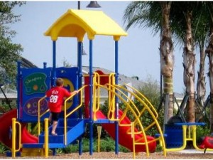 Playground Elements That Stimulate a Child's Mind