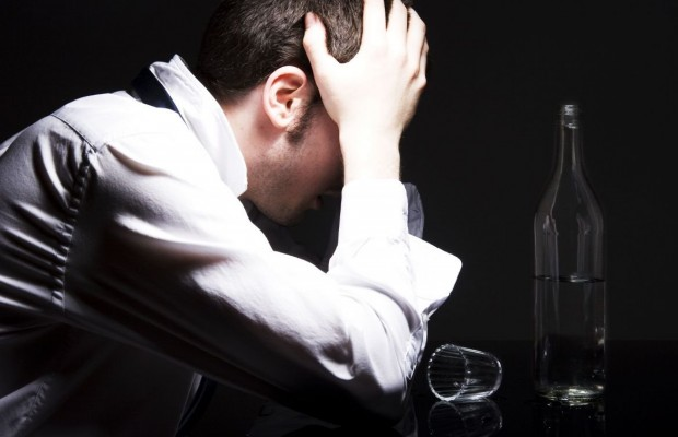 5 Signs That Tell You That You Are Becoming An Alcoholic