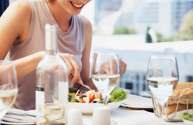 Special Atmosphere: How To Dine In Elegance At Home