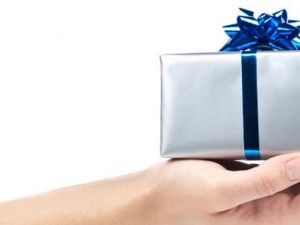 Looking For An Office Gift? 7 Great Options To Consider